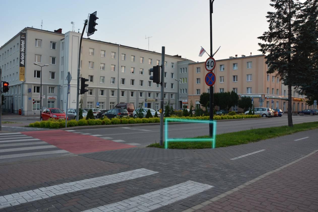 3) podpórka Wyszyńskiego-Niepodległości Fontanna